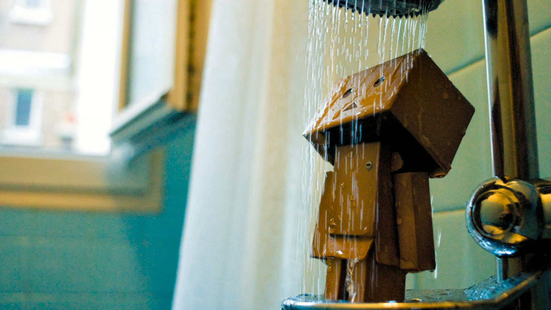 Danbo Bath Wallpaper Image