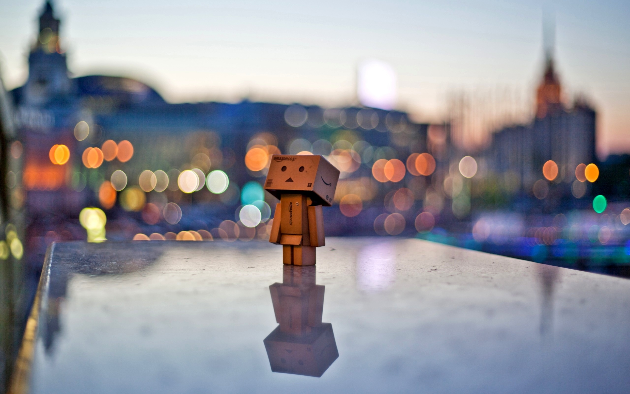 Danbo Bokeh City Light Wallpaper Widescreen