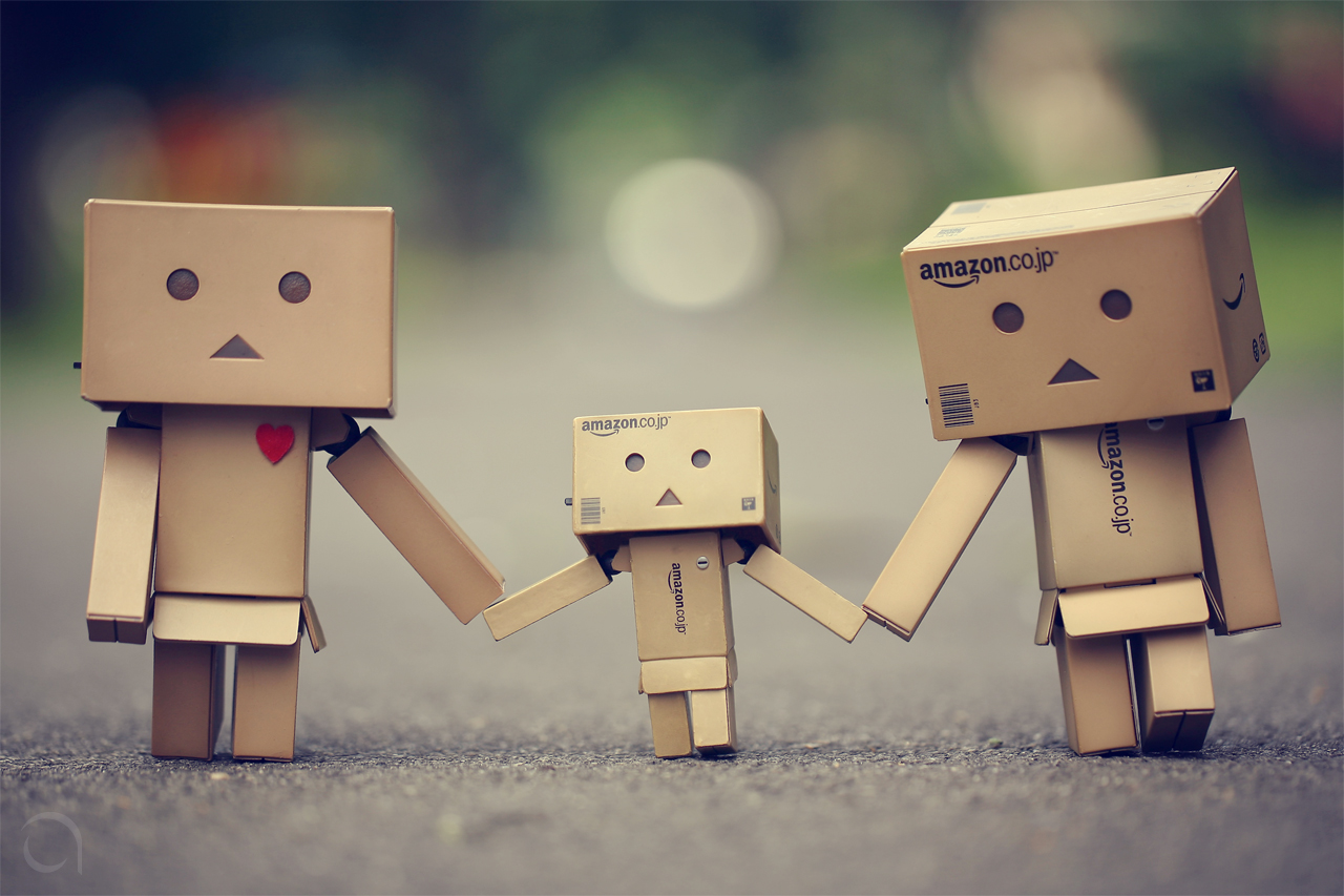 Danbo Happy Family Wallpaper