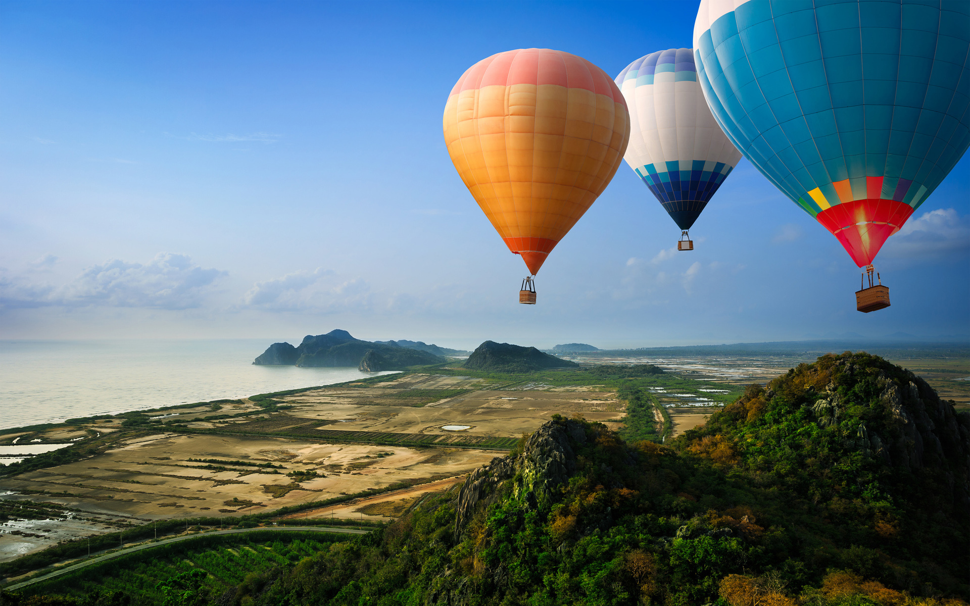 Three Air Balloon Wallpaper for iPhone