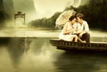 vintage-love-couple-in-boat